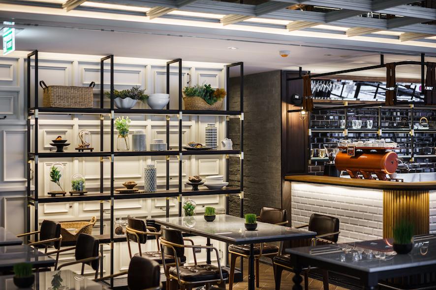 akyra Thonglor Bangkok -  5 Star Bangkok Hotel