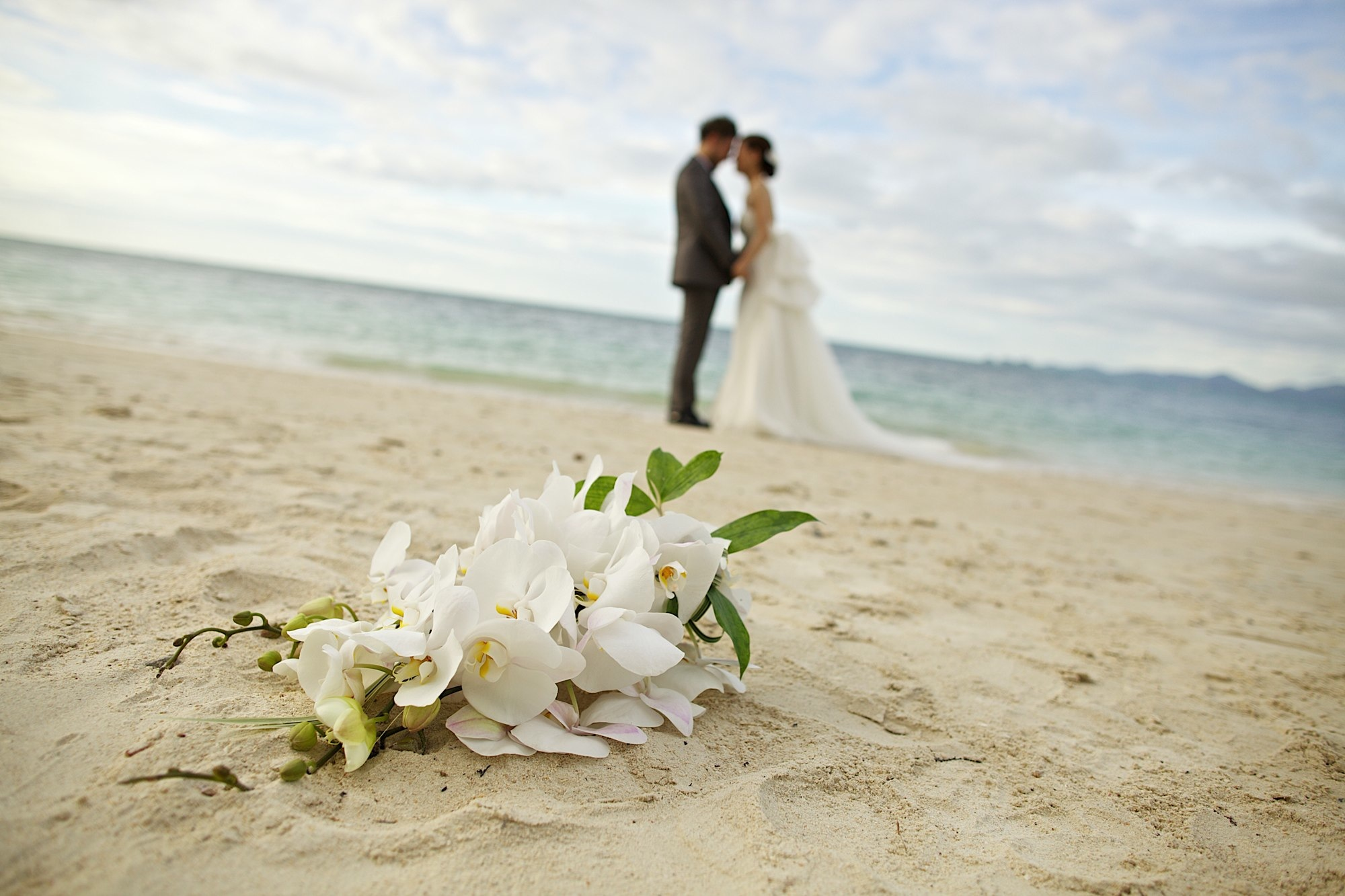 Unique Beach Weddings in Phuket - akyra Beach Club Phuket