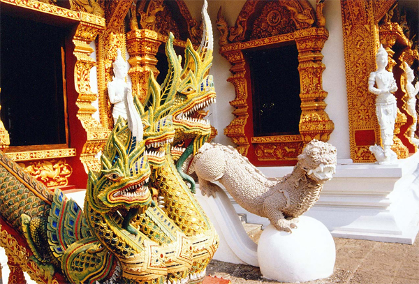 Chiang Mai Walking Tour - Dragon Temple