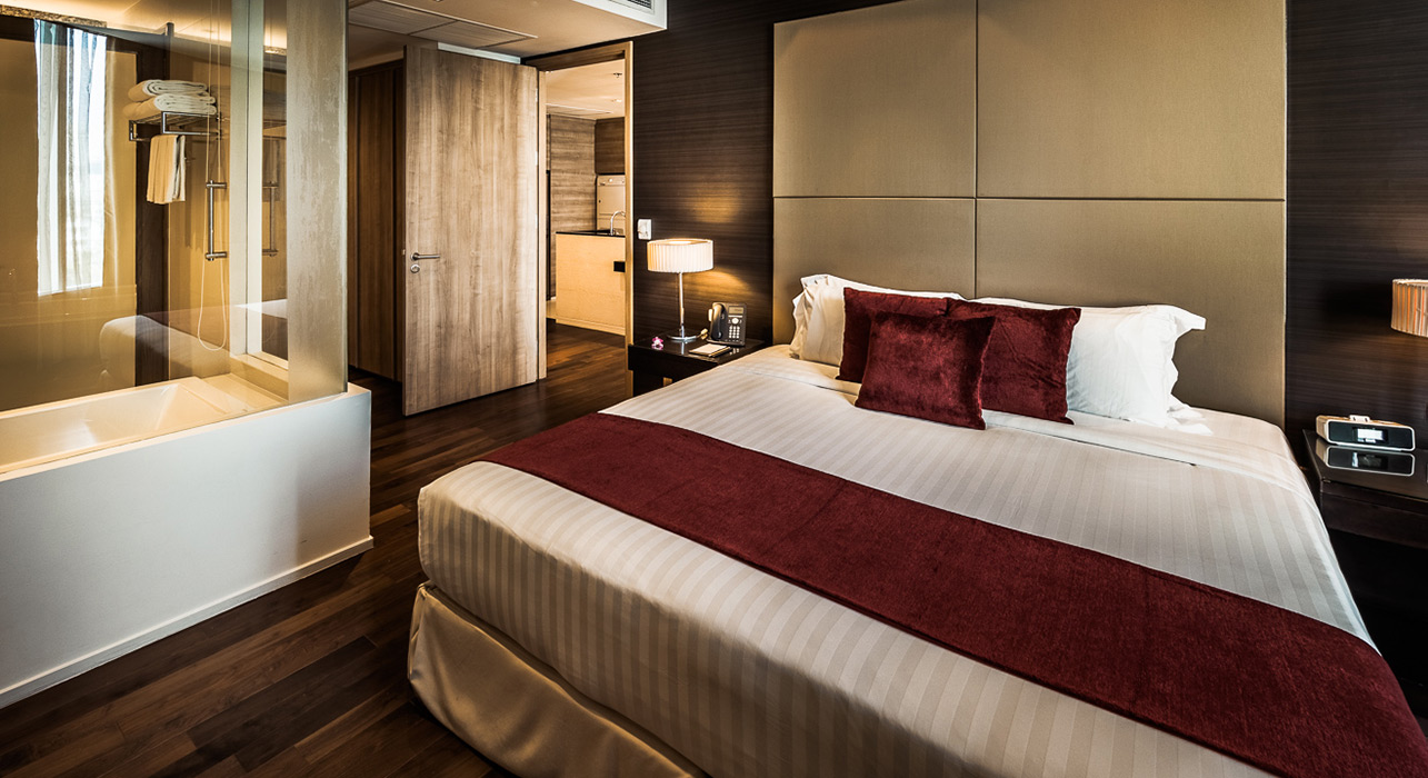 akyra Thonglor Bangkok - Three Bedroom Hotel Apartment Suite Bedroom with King Size Bed