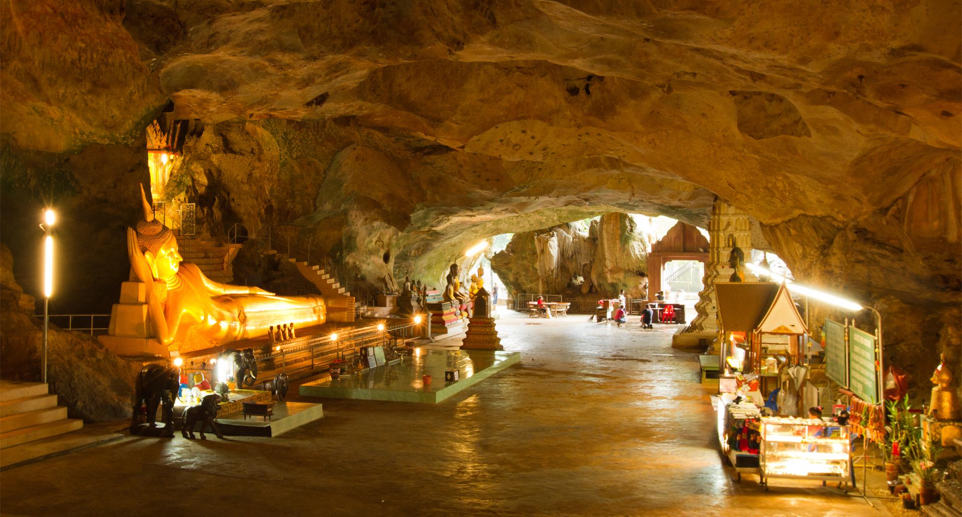 Wat Suwan Kuha Temple - Phang Nga.jpg