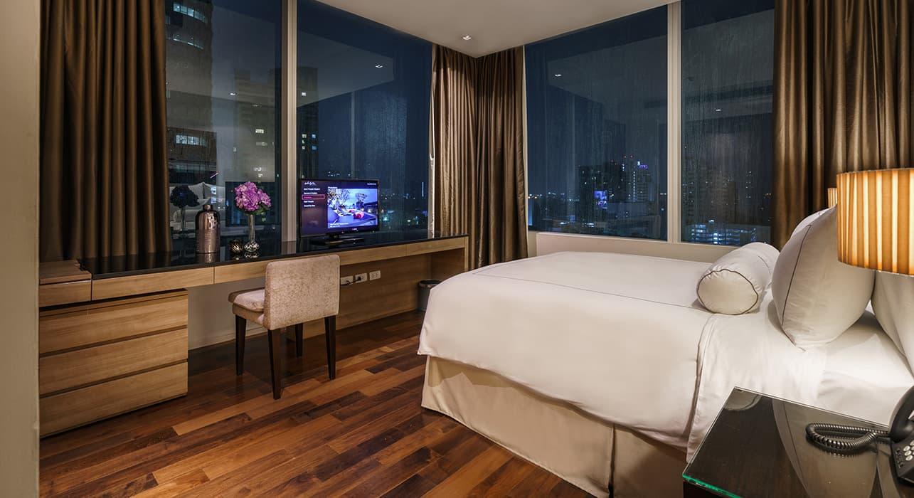 Three Bedroom Serviced Apartment Suites City View - akyra Thonglor Bangkok Hotel