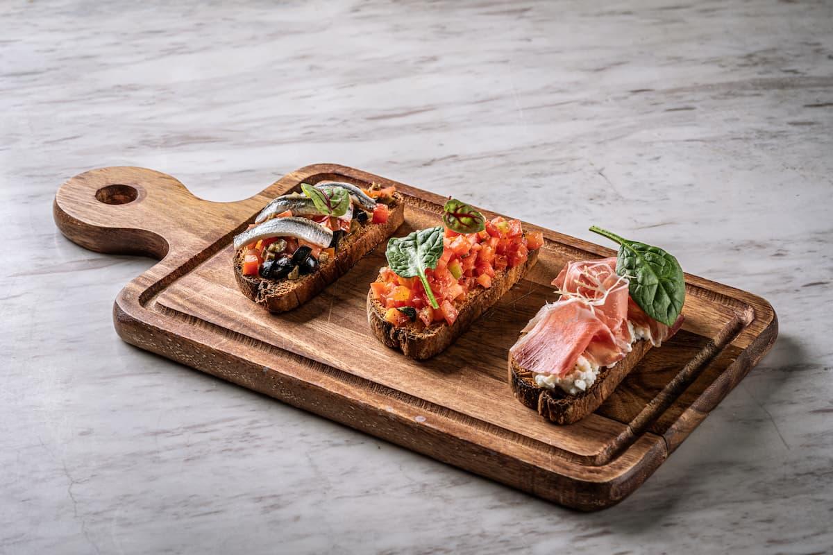 Otto Italian Restaurant - Tri Bruschetta