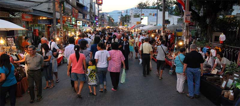 sunday market in chiang mai