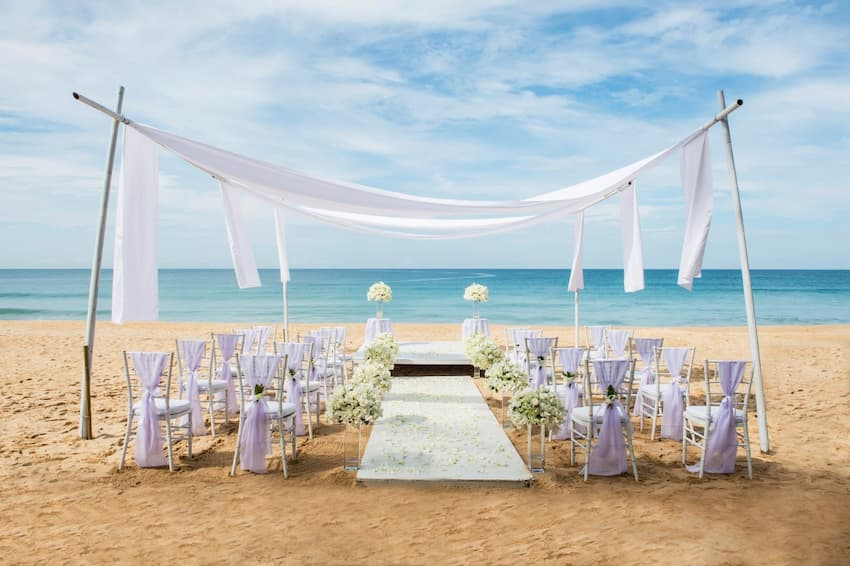 Beach weddings in phang nga - akyra Beach Resort Phuket
