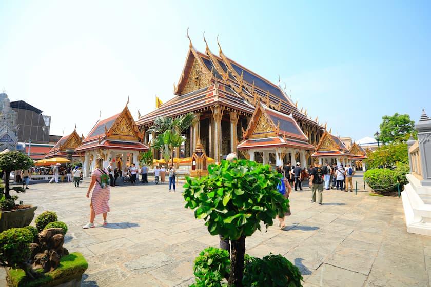 Grand Palace Bangkok - Historical Thai Houses - akyra Thonglor Bangkok Hotel