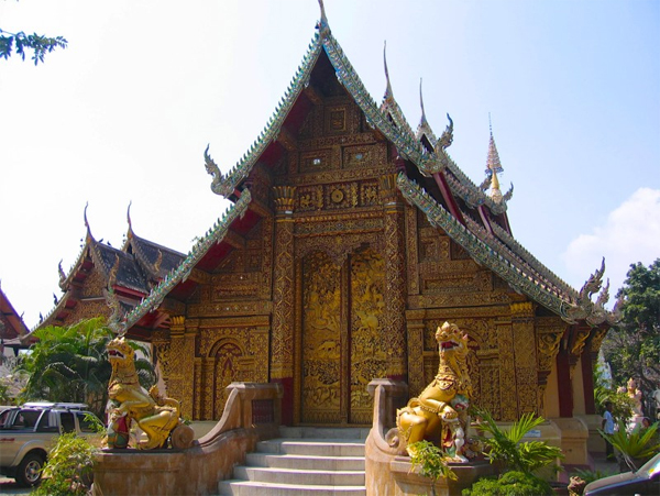 Chiang Mai Walking Tour - Wat Mahawan