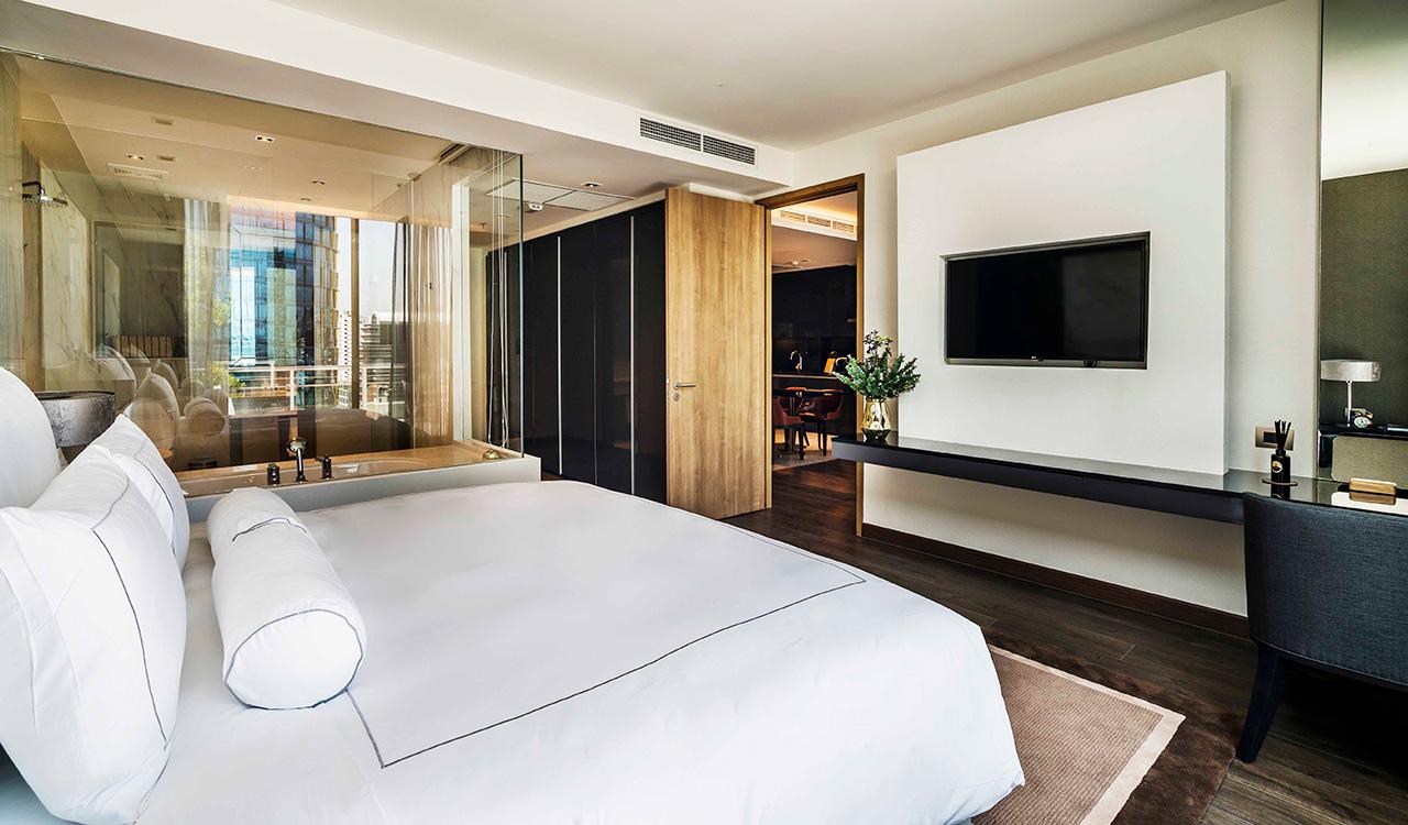 Akyra two bedroom suite king sized bed - akyra Thonglor Bangkok