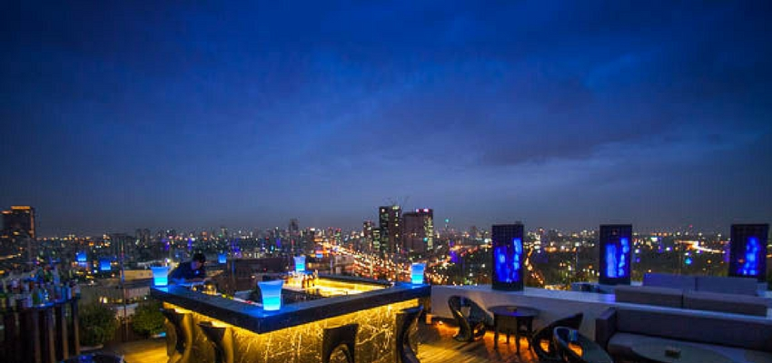 Blue Sky roof bar in Bangkok