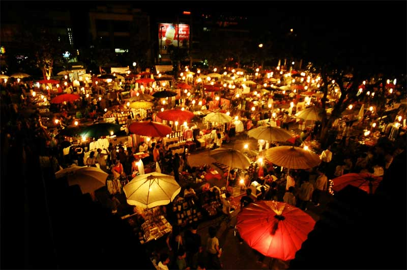 night bazaar in chiang mai