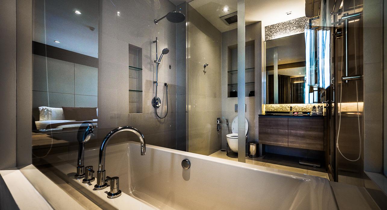 akyra Thonglor Bangkok - Three Bedroom Suite Bath in Bathroom