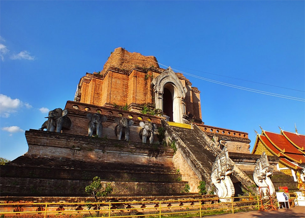 Chiang Mai Walking Tour - Temple of the Gret Stupa