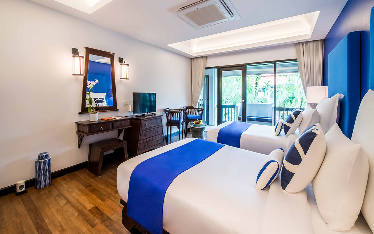 akyra Beach Club Phuket - Five Star Hotel Deluxe Suites in Phuket