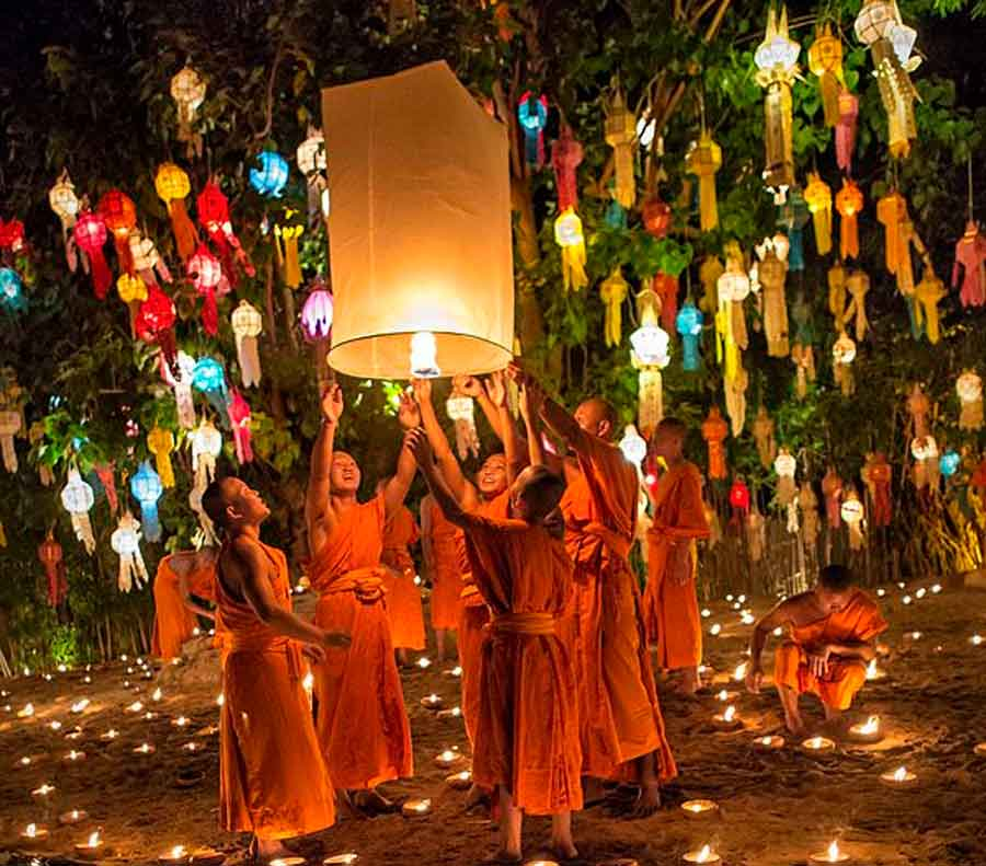 Colours of Chiang Mai - Customs and Culture