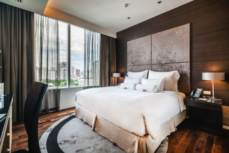 Deluxe One Bedroom Executive Suite